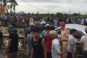 Tai nạn tàu hỏa tại Nam Định, 4 người thương vong
