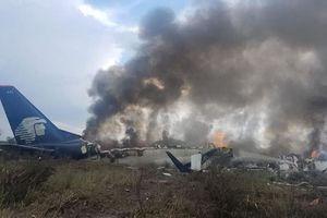 Cất cánh không lâu, máy bay chở 101 người rơi ở Mexico