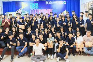 Trường Đại học GTVT TP.HCM chào đón Tân sinh viên Chương trình Đào tạo nước ngoài