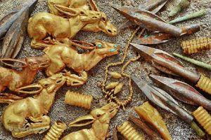 Tìm thấy ngôi mộ cổ 2800 năm chứa đầy vàng