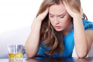 Dấu hiệu cảnh báo bạn bị dị ứng rượu
