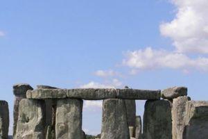Phát hiện chấn động về bãi đá cổ Stonehenge 5.000 năm ở Anh