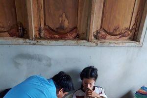 Những ngày giúp người dân Lào vùng bị nạn