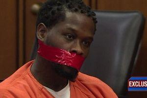 Bị cáo bị bịt miệng khi xét xử vì nói quá nhiều