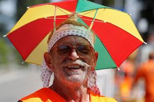 Đủ cách tránh nóng của người châu Âu trong mùa Hè đổ lửa