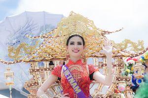Phan Thị Mơ mang trang phục lấy cảm hứng từ chùa Một Cột dự thi nhan sắc quốc tế