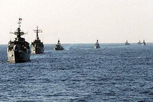 Mỹ nghi Iran đã bắt đầu tập trận hải quân tại vùng Vịnh Persian