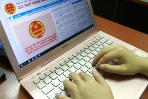 'Chốt chặn' thu thuế kinh doanh qua mạng: Còn 'được chăng hay chớ'!