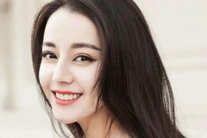 Địch Lệ Nhiệt Ba - mỹ nhân Tân Cương tỏa sáng giữa 'Cung bậc tình yêu'