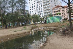 Dự án 190 tỷ đồng chậm triển khai, cống nước thải đen ngòm vẫn xả ra biển Sầm Sơn