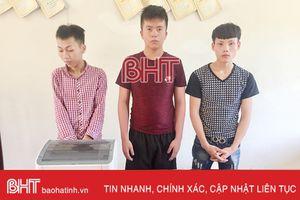 Tóm gọn ổ trộm chuyên đột nhập trụ sở, nhà dân ở Hương Khê