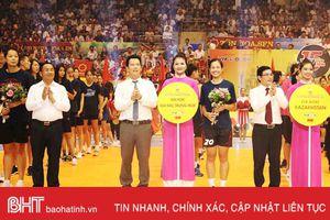 Khai mạc Giải bóng chuyền nữ quốc tế VTV Cup tại Hà Tĩnh