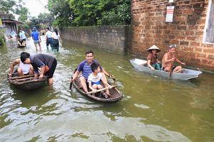 Ngập lụt ở Chương Mỹ: Cần phòng tránh các bệnh dưới đây