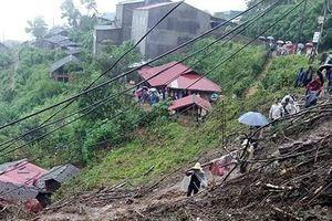Mưa nhiều ngày, Lai Châu sạt lở đất nghiêm trọng, 6 người chết