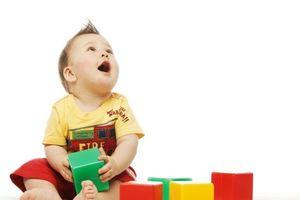 Cách kích thích trí thông minh cho trẻ từ 0 - 3 tháng của người Nhật