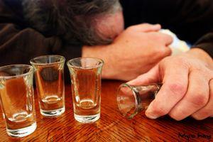 Nên và không nên ăn gì trước khi uống bia rượu