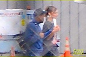 Bella Hadid công khai hẹn hò với bạn trai The Weeknd ngay trên phố