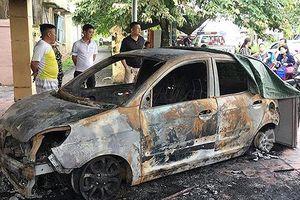 Một CSGT bị đốt xe ô tô trong đêm ngay trước trụ sở