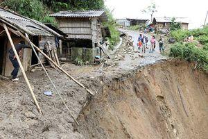 Xuất hiện vùng áp thấp trên Biển Đông, các tỉnh phía Bắc thiệt hại nặng nề do mưa lũ