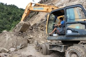 Hơn 1.700 hộ dân bị cô lập ở Lai Châu