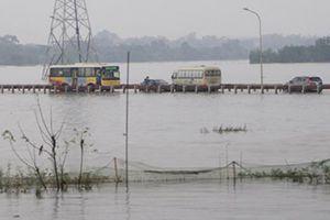 'Đường vượt biển' nối Quốc Oai, Chương Mỹ thông xe sau nhiều ngày ngập lụt