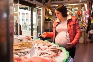 Ăn nhiều cá giúp giảm rủi ro sinh non