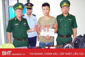 Bắt đối tượng vận chuyển 3.000 viên ma túy qua Cửa khẩu Cầu Treo về Hà Nội