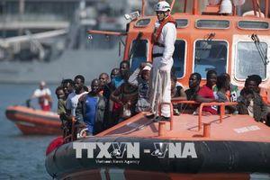 Tây Ban Nha cứu gần 400 người di cư gặp nạn trên biển