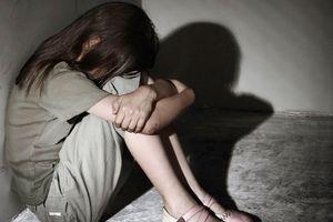 Lâm Đồng: Cán bộ Tư pháp cưỡng hiếp bé gái 14 tuổi