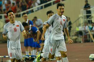 Clip Olympic Việt Nam 1-0 Olympic Oman: Văn Hậu 'hóa' Quaresma