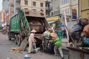 Không dễ xử lý rác cồng kềnh