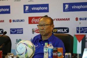 HLV Park 'trần tình' lo lắng về ASIAD 2018 ngay sau khi học trò giành vô địch sớm giải tứ hùng