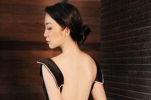 Linh Nga khoe lưng trần gợi cảm, hé lộ cuộc sống riêng