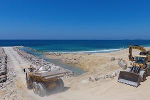 Israel công bố hình ảnh xây dựng hàng rào biển ở Gaza