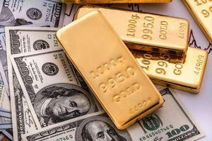 Giá vàng, USD đồng loạt tăng cao ngày đầu tuần