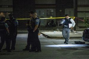Liên tiếp 44 người bị bắn trong vòng 14 tiếng tại Chicago