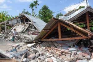 Indonesia: Động đất 7 độ Richter, 82 người chết, cảnh báo thảm họa sóng thần
