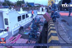 Vùng Cảnh sát biển 1 bắt giữ gần 68 ngàn bao thuốc lá nhập lậu