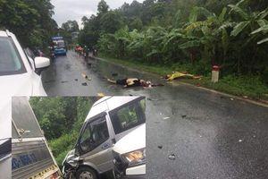 Xe máy va chạm ô tô 16 chỗ, 2 người tử vong