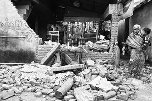 Sau động đất, du khách hối hả rời Indonesia