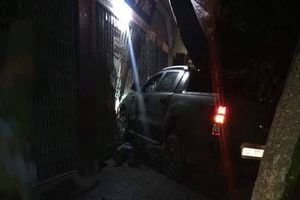 Xác định danh tính lái ô tô bỏ trốn sau khi lái xe chèn chết đối phương xô xát