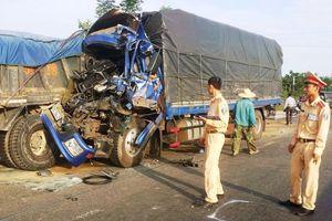 Hà Tĩnh: 2 người bị thương nặng sau tai nạn liên hoàn