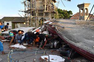 Hình ảnh thảm khốc sau trận động đất kinh hoàng ở Indonesia