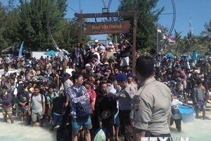 Sân bay Lombok tràn ngập du khách ngoại muốn về nước sau động đất