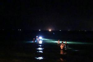 Nóng: 3 tân sinh viên đuối nước thương tâm khi tắm biển Quảng Ngãi