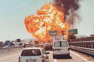 Xe tải chở dầu bốc cháy trên cao tốc: 3 người chết, hơn 70 bị thương