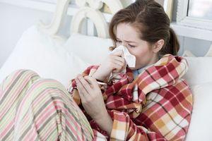 Cách đối phó với các bệnh dễ mắc trong mùa mưa