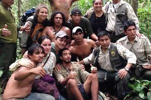 Sống sót sau 9 ngày bị lạc trong rừng Amazon nhờ… bầy khỉ