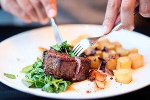 Có phải ăn nhiều thịt sẽ bị nóng tính?