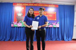 Đảng bộ Trường Đại học Giao thông vận tải TP. Hồ Chí Minh tổ chức kết nạp Đảng cho 10 chiến sĩ chiến dịch Mùa hè xanh